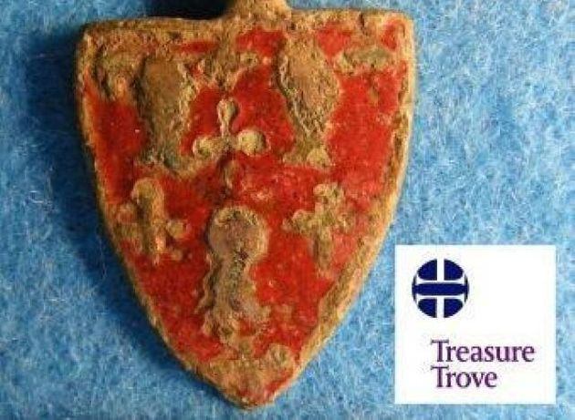 Badge Of Nobleman Killed By Robert The Bruce Found In Kinross
