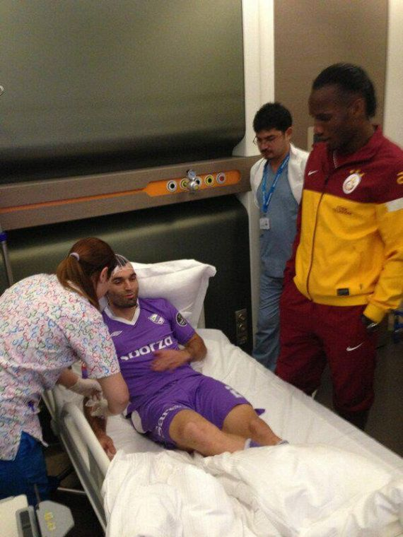 Didier Drogba Visits Injured Opponent David Barral In Hospital