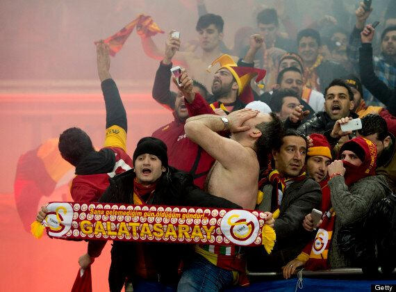 Galatasaray Fans Try To Dig Tunnel Into Schalke's