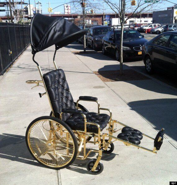 Lady Gaga recovers in 24-carat gold wheelchair - NY Daily News
