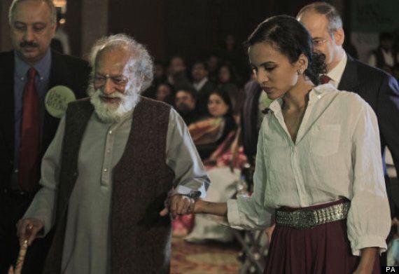 Ravi Shankar Dead: Indian Sitar Star, Dies Aged