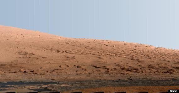 Nasa's Stunning New Mars Photo Shows Mount Sharp With Earth-Like