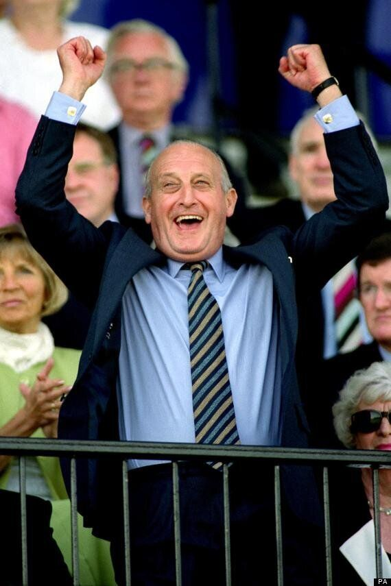 Sir John Hall, Former Newcastle United Chairman, Makes Racist Joke About Les