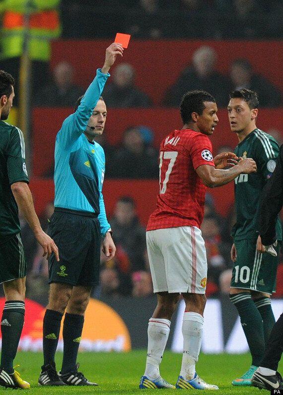 Robin Van Persie Labels Uefa 'Cowards' For Supporting Cüneyt Çakır's Nani Red