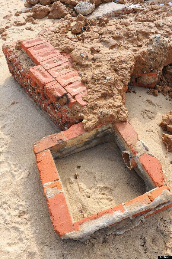 Manor House Hotel, Abandoned In World War II, Re-Emerges From Sands Near Great Yarmouth