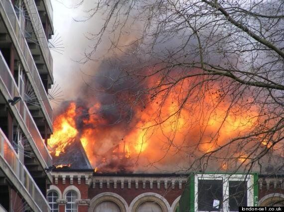 Library Goes Up In Flames In London (PICTURES,