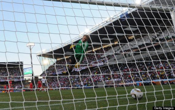 Premier League Choose Hawk-Eye For Goal-Line