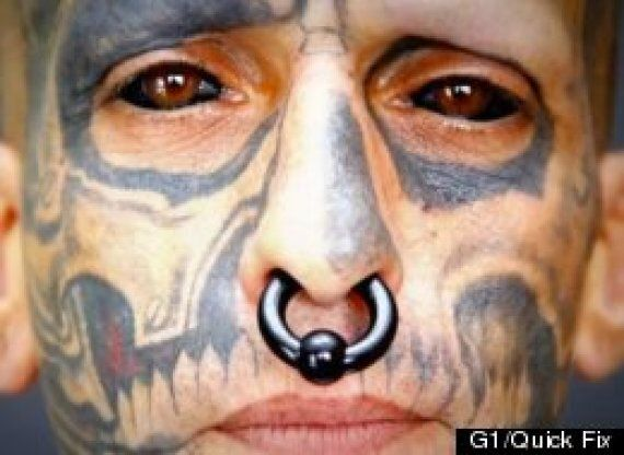Rodrigo Fernando Dos Santos, Brazilian Man Has Eyeballs Tattooed Black (VIDEO,