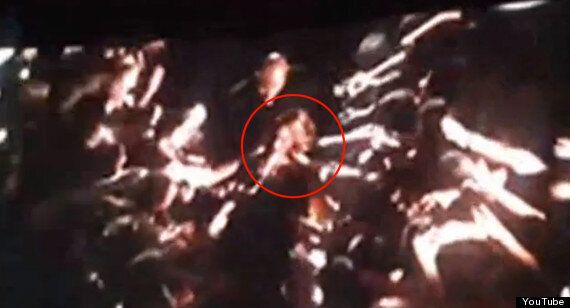 Beyonce Gets Slapped In The Face And Has Her Hair Pulled During Concert In