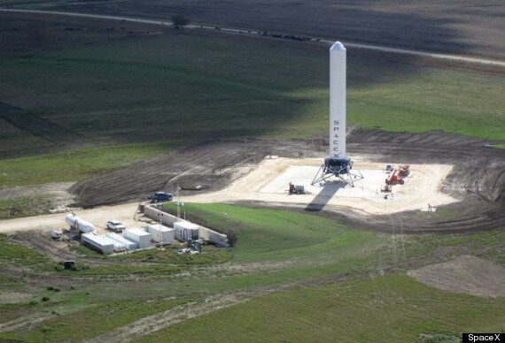 SpaceX 'Grasshopper': Hovering Rocket Completes Highest Launch And Landing To