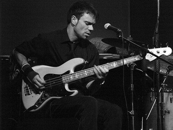 Damon Minchella: A Bass Player With His Finger On the
