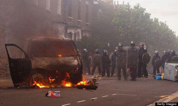 London Riots Good Samaritan Leslie Austin wins Libel Payout From Metropolitan