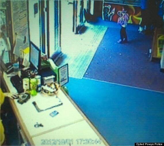 April Jones Trial: Jury Shown Last CCTV Images Of Girl, Mark Bridger Denies Murder And Abduction