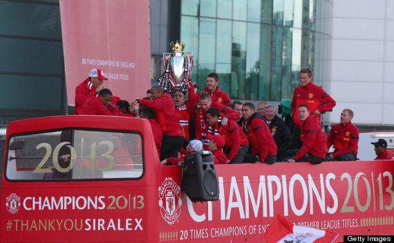Manchester United Parade Premier League Trophy