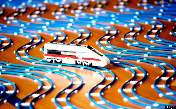 World's Largest Lego Railway Is 2.5 Miles Long