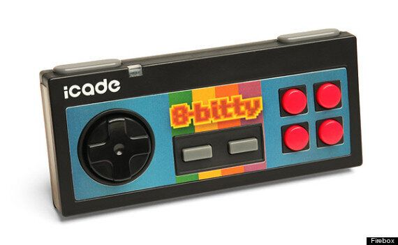 5 Gadgets To Turn Your Phone Into A Retro Gaming Console