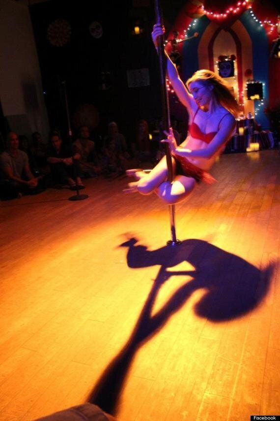 Edward Snowden's Pole-Dancing Girlfriend Lindsay Mills Blogs Of Heartbreak After NSA Whistleblower Flees...