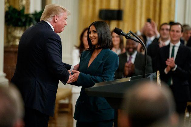 Η Κιμ Καρντάσιαν ξανά στον Λευκό Οίκο: Ομιλία για την επανένταξη των
