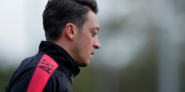 Why Mesut Ozil Has Little Choice But to Sign New Arsenal