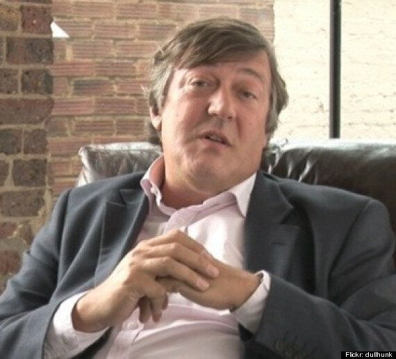The Sprint For Shakespeare: Make The Bard Free Online Says Stephen Fry And Vanessa