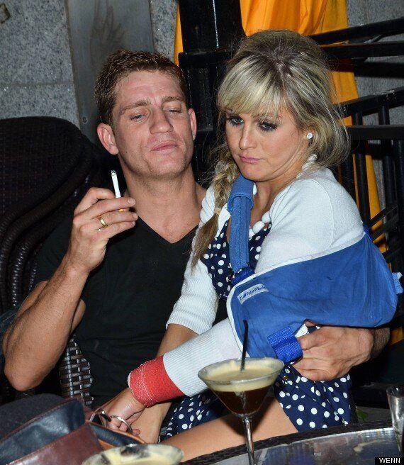 Nikki Grahame Parties At 'Celeb Salon' Bash Despite Broken