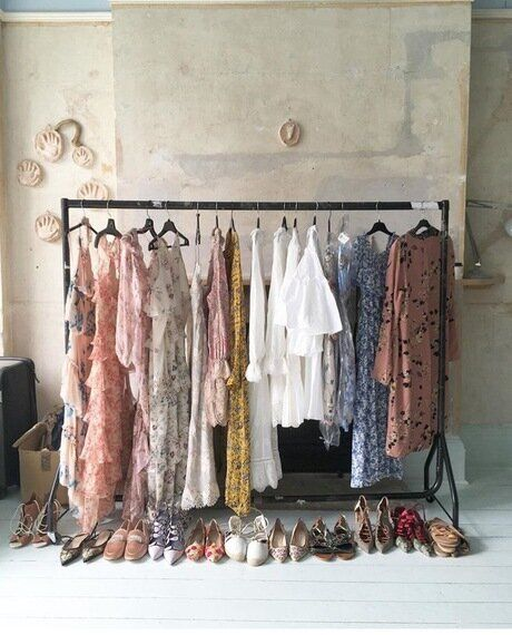 The Five Reasons Why Changing Your Wardrobe Will Help You Change Your