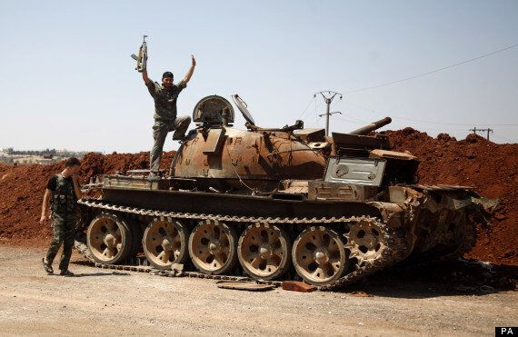 Syria: Britain To Give Rebels Extra £5m As Hague Plans For Post-Assad