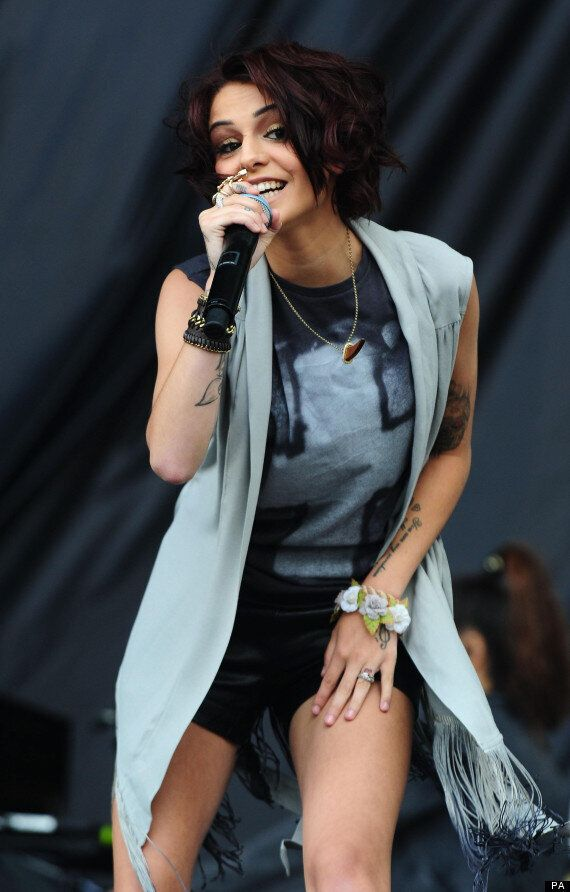 Cher Lloyd Follows One Direction In Breaking Into US Top