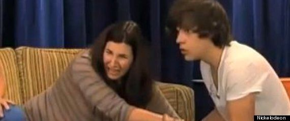 Harry Styles Pranked: One Direction Star Panicked As 'Pregnant' Interviewer Goes Into 'Labour'
