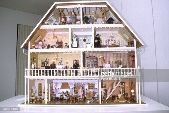 'I Don't Remember, I Don't Recall' - Doll's Houses And The Future Of