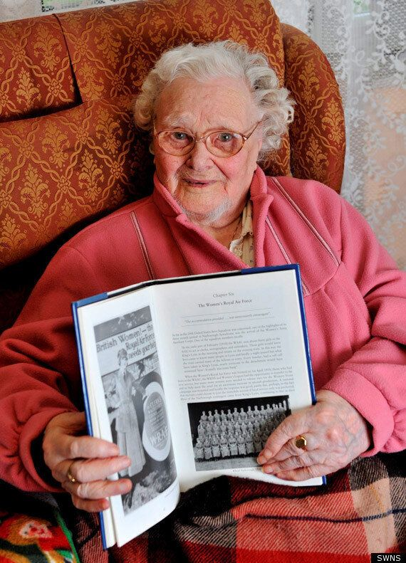 Florence Green Dead: Last World War One Veteran Dies Aged