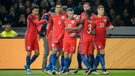 Can the Three Lions Dictate the EU