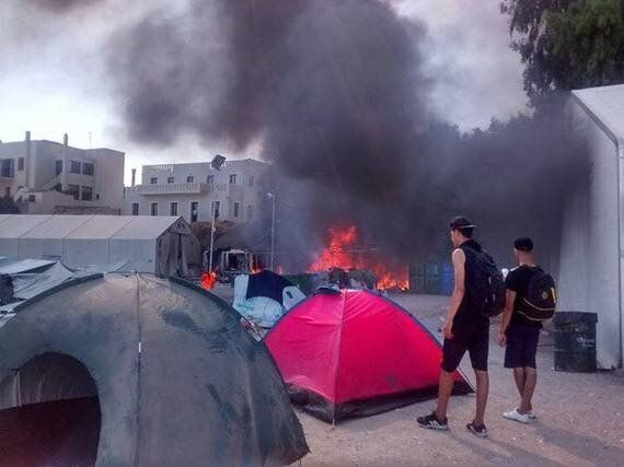 Volunteers Report: Nine Days of Food Left for Refugees in