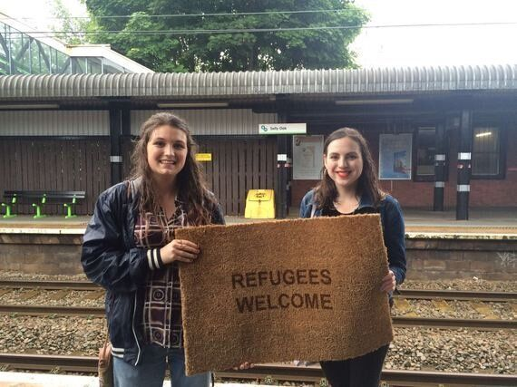#RefugeesWelcome in