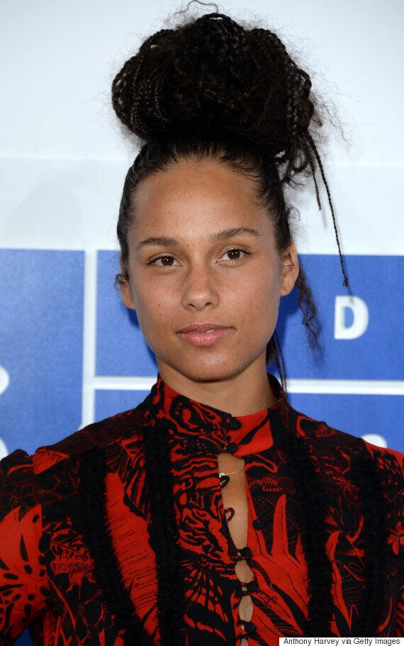 The Anger Provoked By Alicia Keys Not Wearing Makeup To The VMAs Is Sadly Not