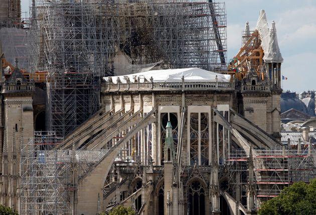 Des travaux de sécurisation sont en cours, ce mois de juin 2019, dans la cathédrale Notre-Dame...