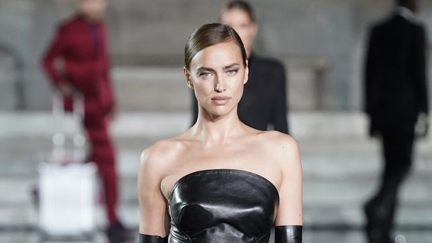 FLORENCE, ITALY - JUNE 13: Irina Shayk walks the runway, wearing Ermanno Scervino, at the CR runway x LUISAVIAROMA 90th Anniversary Show during Pitti Immagine Uomo 96 on June 13, 2019 in Florence, Italy. (Photo by Vittorio Zunino Celotto/Getty Images for LuisaViaRoma)