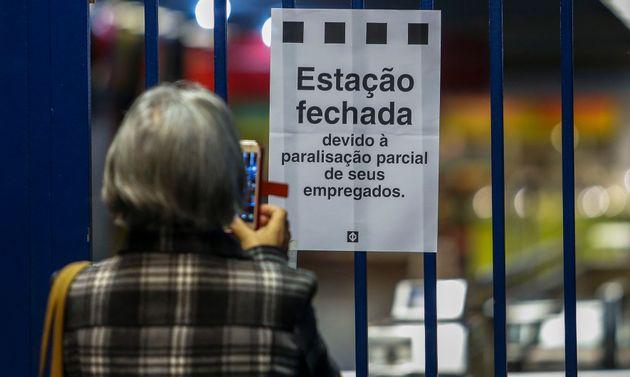 Greve geral atinge cidades pelo País e afeta transporte público em São
