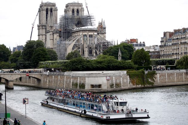 Degli 850 milioni di donazioni promesse per Notre Dame, ne sono stati versati solo il