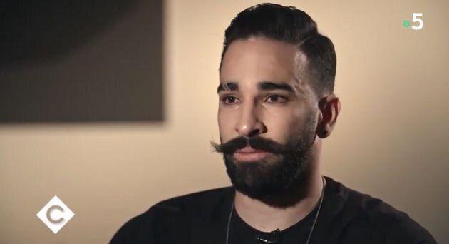 Adil Rami en larmes en évoquant son enfance et sa