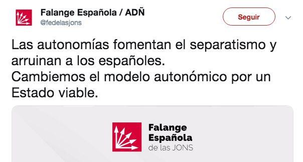Burlas en Twitter hacia la Falange por confundir la bandera de Andalucía con la de
