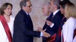 Valls niega el saludo y abronca a Torra durante la recepción en la