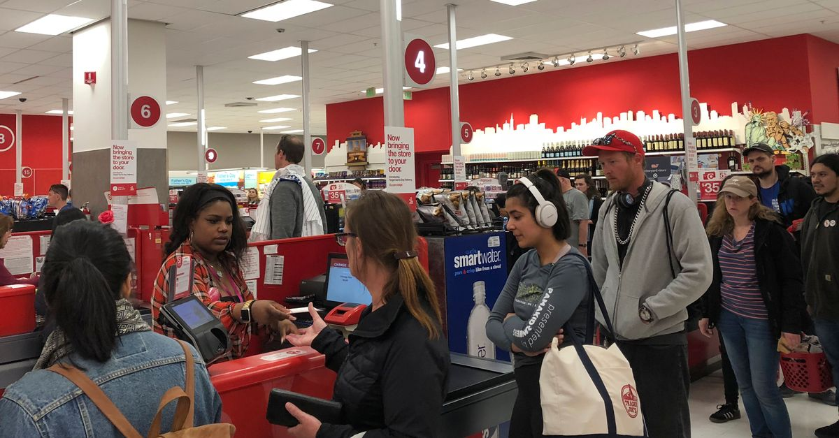 Massive Target Register Outage Causes Confusion At Stores Nationwide - HuffPost