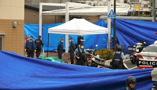 大阪・吹田市で警察官が男に刺され重傷「拳銃を奪われた」
