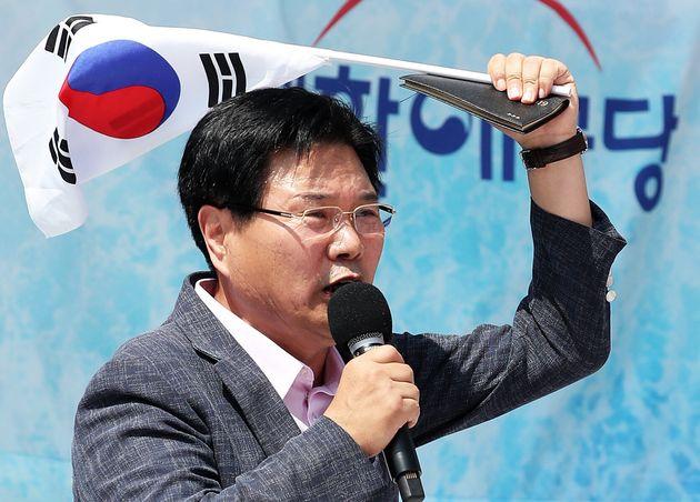 홍문종 의원은 박근혜 전 대통령 위해 죽으려고