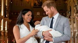 영국 해리 왕자와 메건 마클이 아버지의 날을 맞아 '로열 베이비' 아치의 사진을