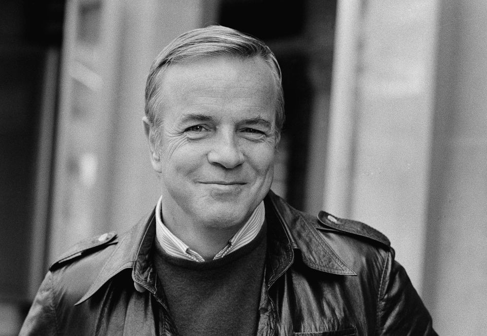 Franco Zeffirelli, whose opulent set designs and sweeping directorial style bolstered operatic films, religious epics and Sha