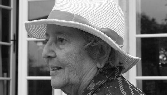 La journaliste américaine Elaine Mokhtefi témoigne dans un livre de sa vie