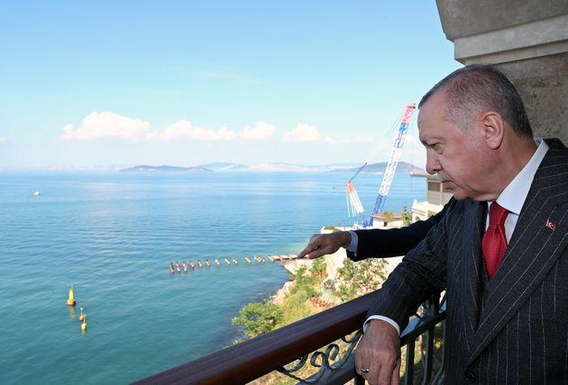 Η ΕΕ παγώνει τις ενταξιακές διαπραγματεύσεις με την Τουρκία μετά τις παράνομες