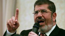 Mohamed Morsi, l'ancien président égyptien, meurt après s'être effondré au
